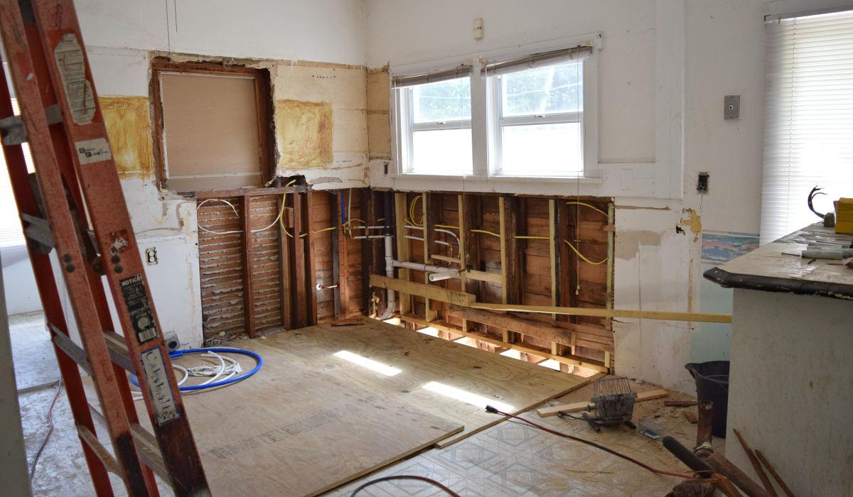 Comment Isoler Un Plafond Contre Le Bruit isoler son logement du bruit | bruit dans l'habitat